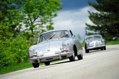 Porsche-oldtimer-on-the-road